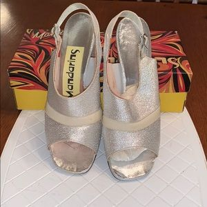 Vtg ✌🏻60s/70s Mandarins Saucy Silver heels in box